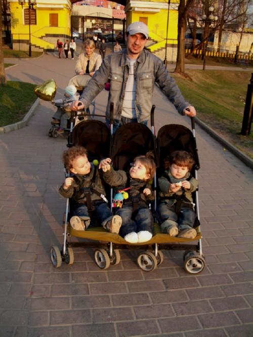 Тройняшки Иван, Варвара, Денис - досуг, 1г8м